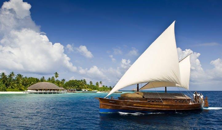 dhoni boat image