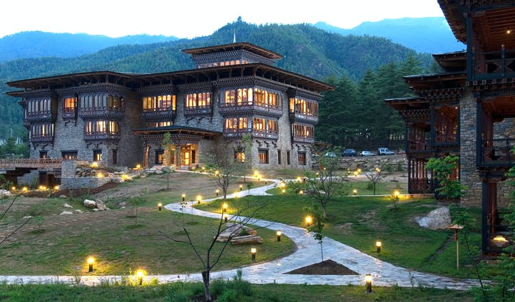 Zhiwa Ling | Luxury Hotels in Bhutan