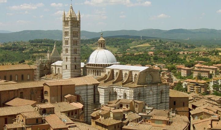image of the duomo in siena