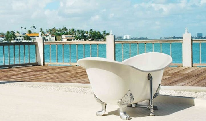 bathing with a view... yes please
