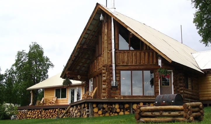 Luxury lodges in Alaska
