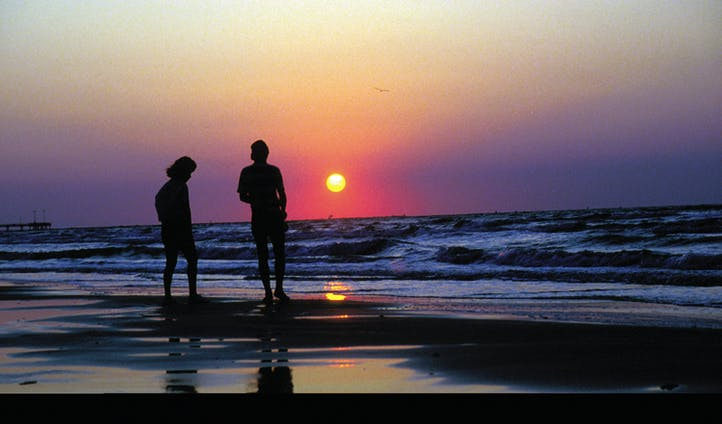 beach sunrise on the gulf coast