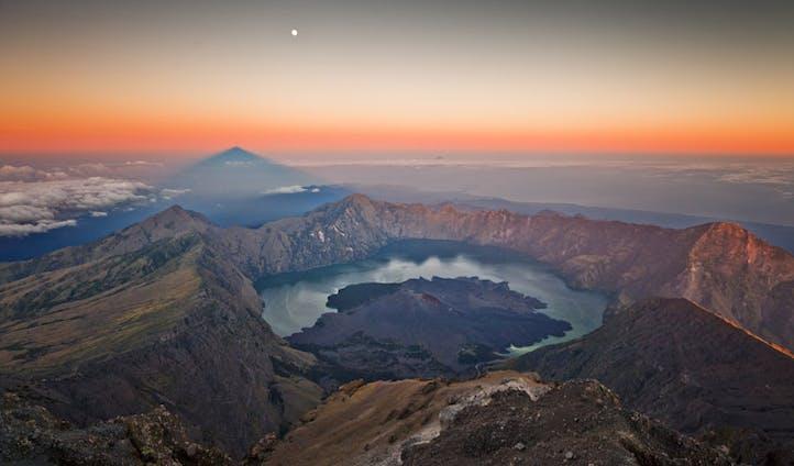Trips to Indonesia - Black Tomato