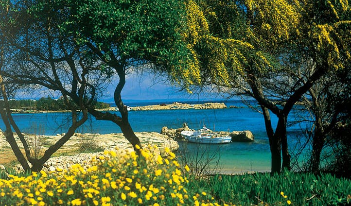 Cyprus holiday coastline | A beautiful Cyprus beach holiday