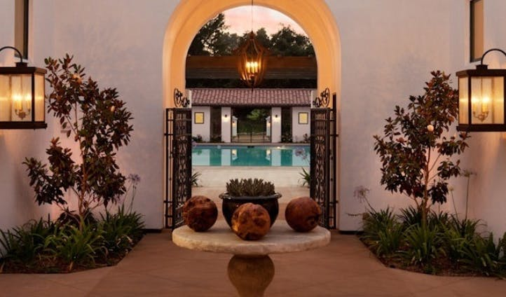 The courtyard and pool at Ojai Valley Inn and Spa