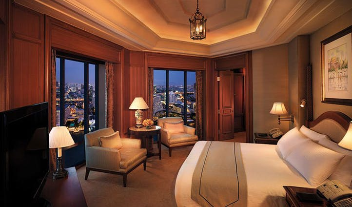 Suite bedroom at The Peninsula Hotel