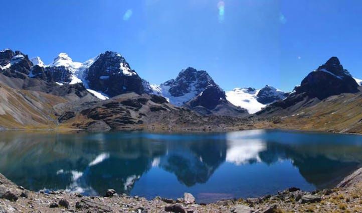 Chiar-Khota lakes and mountains