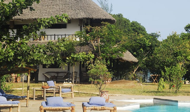 Pool and cottage at Kinondo Kwetu