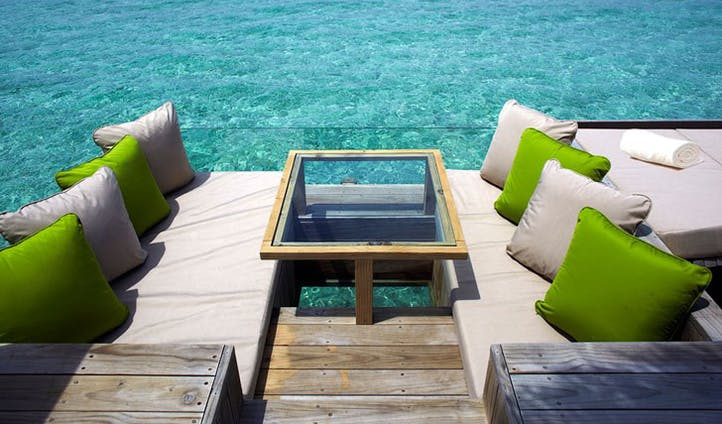 Lunch Time Spot | Laamu Six Senses | Black Tomato