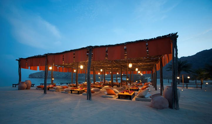 Sit Down Dinner | Six Senses Zighy Bay | Black Tomato