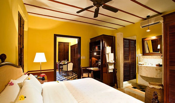 Hacienda Puerta Campeche bedroom