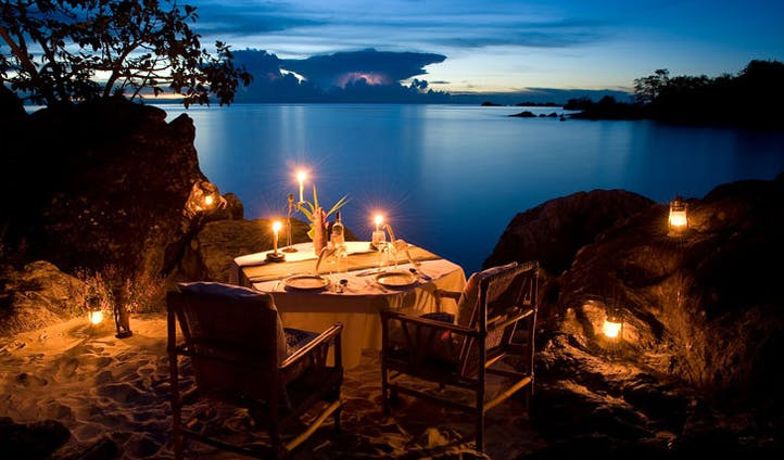 Nkwichi Lodge dining