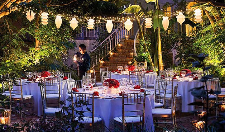 Sunset Marquis Outdoor Dining
