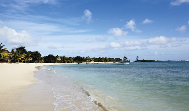 the beach at shanti maurice
