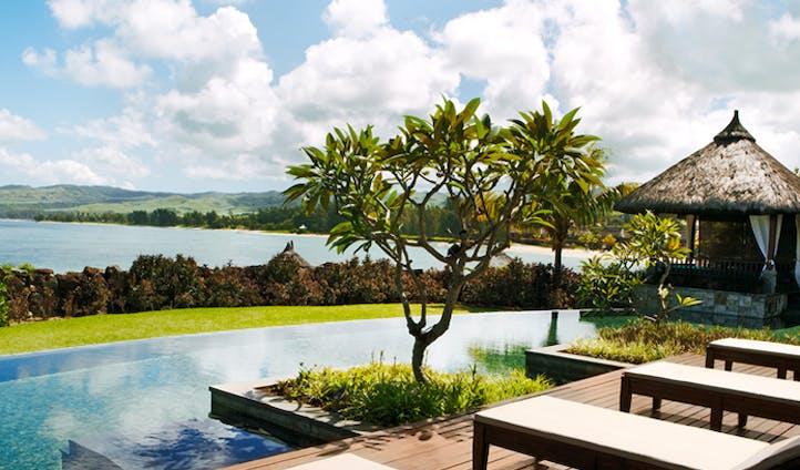Shanti Maurice private pool