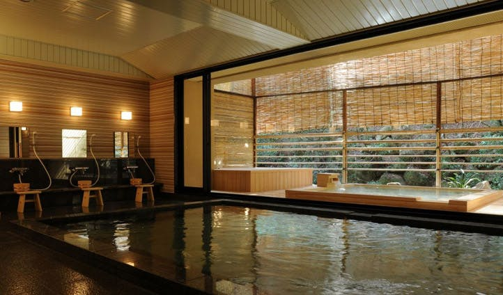 Hinodeyu, the relaxing baths at Iwaso Miyajima