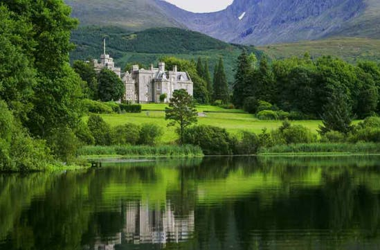 Inverlochy Castle and lake