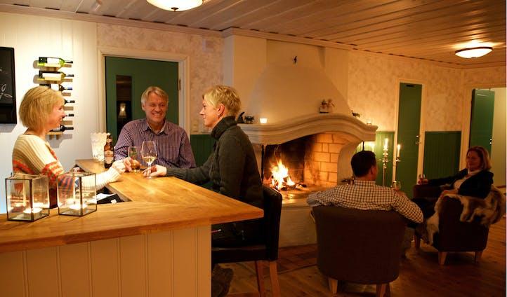 Pine Bay Lodge