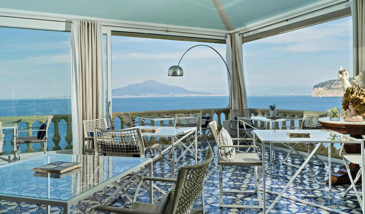Luxury hotels in Sorrento