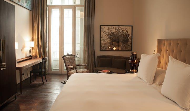 Hotel B
