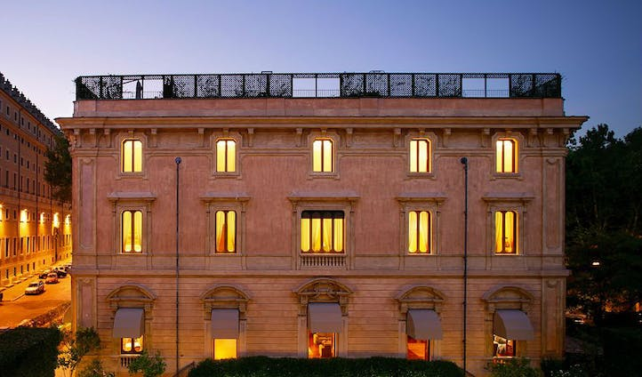 Luxury hotel in Rome at dusk