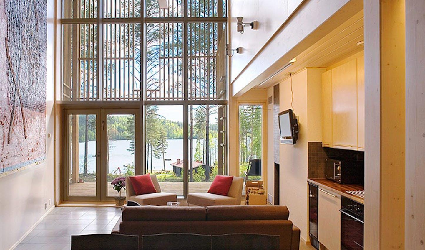 Lakeside Villa in Finland