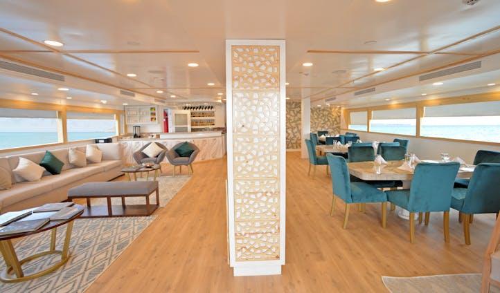 Luxury cruises in Galapagos