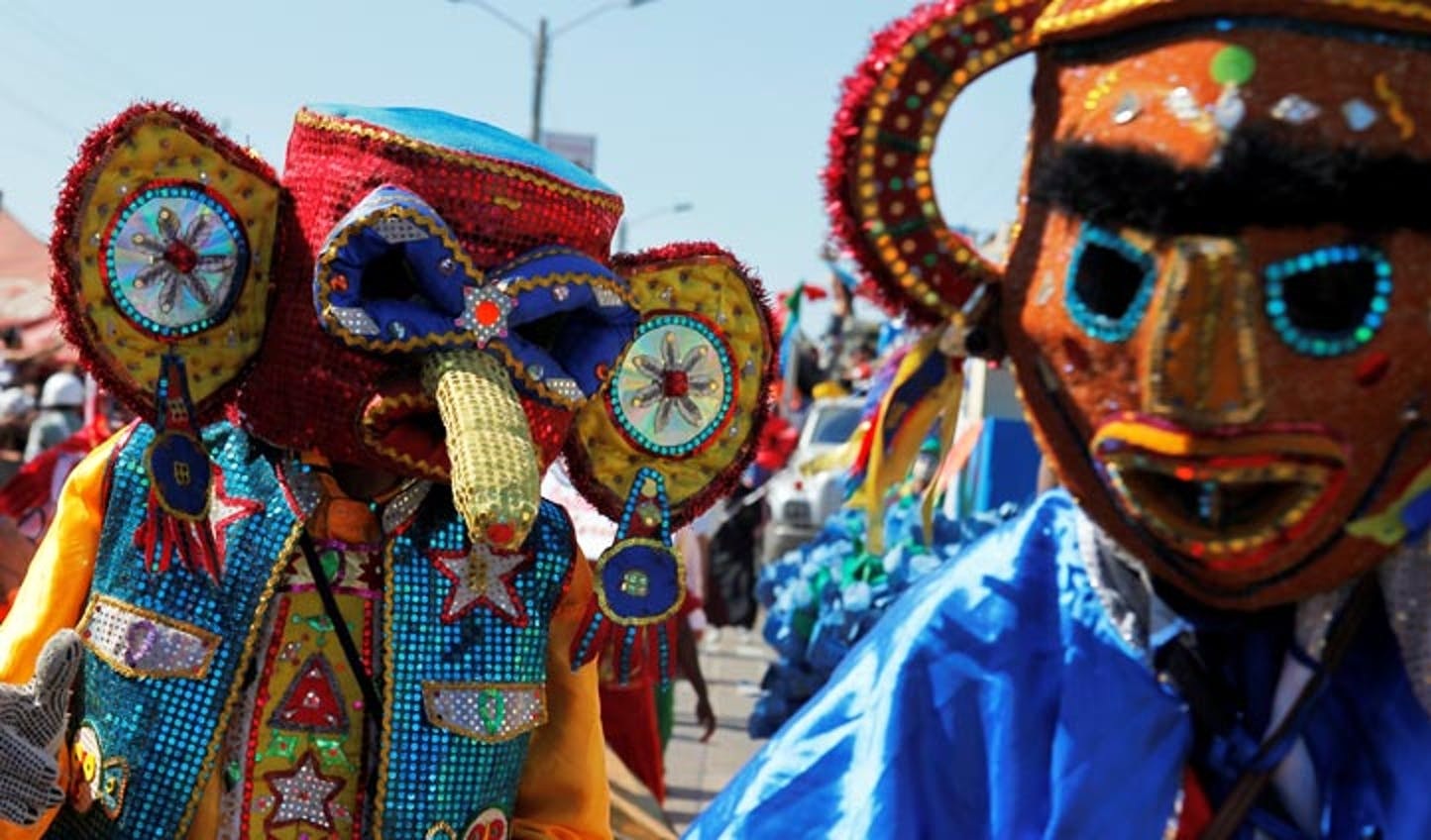 Costumes and processions in Colombia
