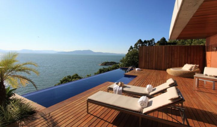 Private plunge pool in Florianopolis