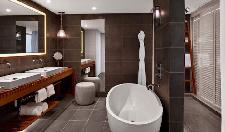 open plan luxury hotel bathroom
