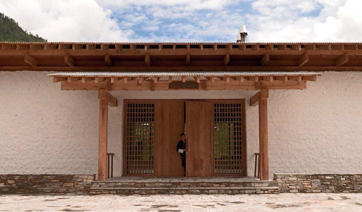 outside of lodge entrance