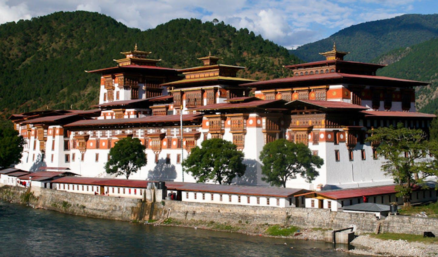 bhutan culture architecture
