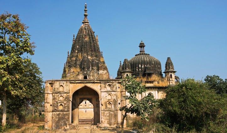 Abandoned Hindu Temples in Madhya Pradesh