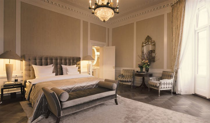 Royal Suite, Hotel d'Angleterre | Black Tomato