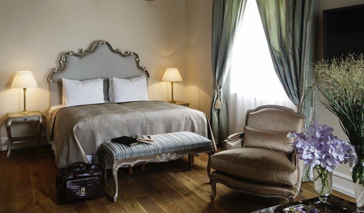Bedroom, Kokkedal Castle | Black Tomato