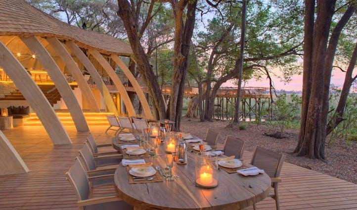 Outdoor dining, Sandibe Camp | Black Tomato