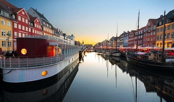 Luxury Honeymoon in Nyhavn