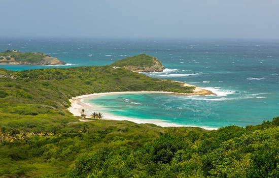 Helicopter tour in Antigua