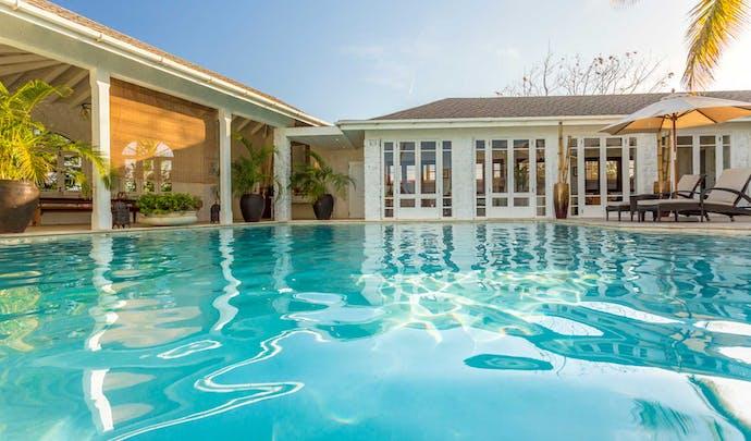 Best hotels in Mustique