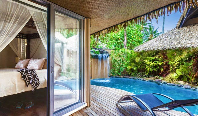 Luxury hotels and pools on the Cook Islands
