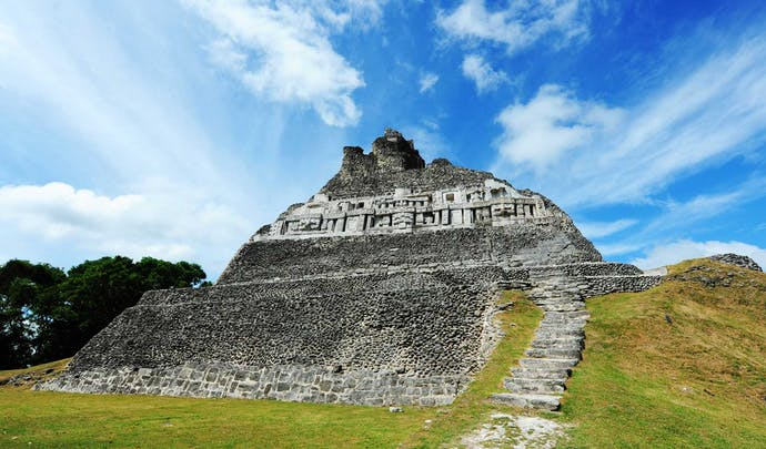Private tours in Belize