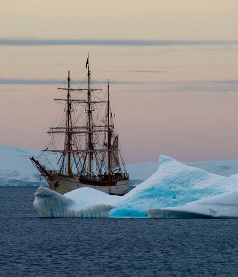 Luxury honeymoon in Antarctica