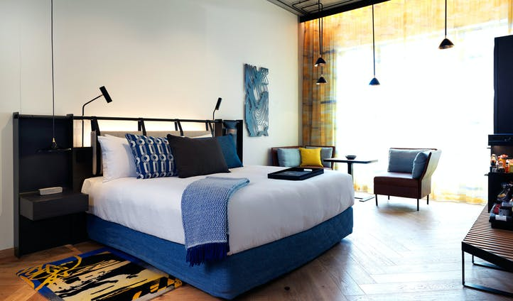 QT Hotel Melbourne | Luxury Hotels in Australia