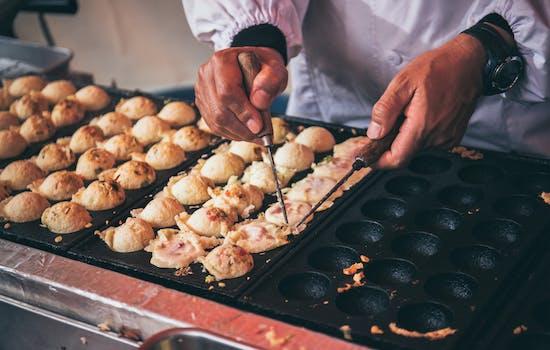 Street food tour in Osaka