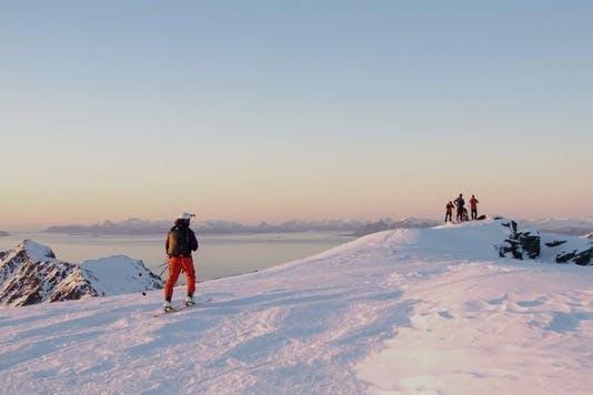 Skiing in Lofoten: an unusual holiday