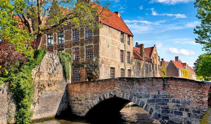 Bruges bridge canal