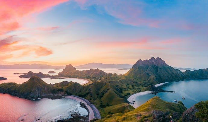 Luxury holidays to Indonesia